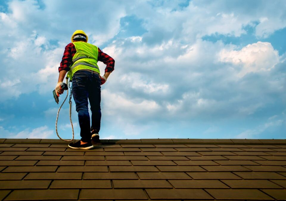 Why Hire a GAF Certified Roofer?